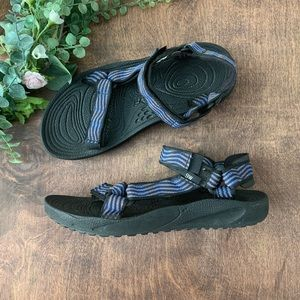 Teva's Universal Sandals with Shoc Pad | size 9